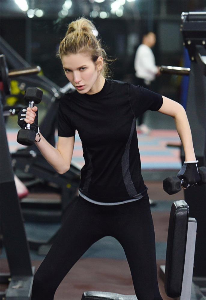 Round-Neck-Flexible-Gym-Running-Short-Sleeve