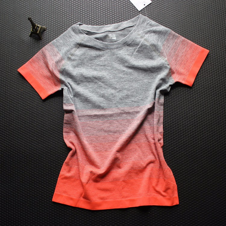 Anti-wrinkle Tshirt 17