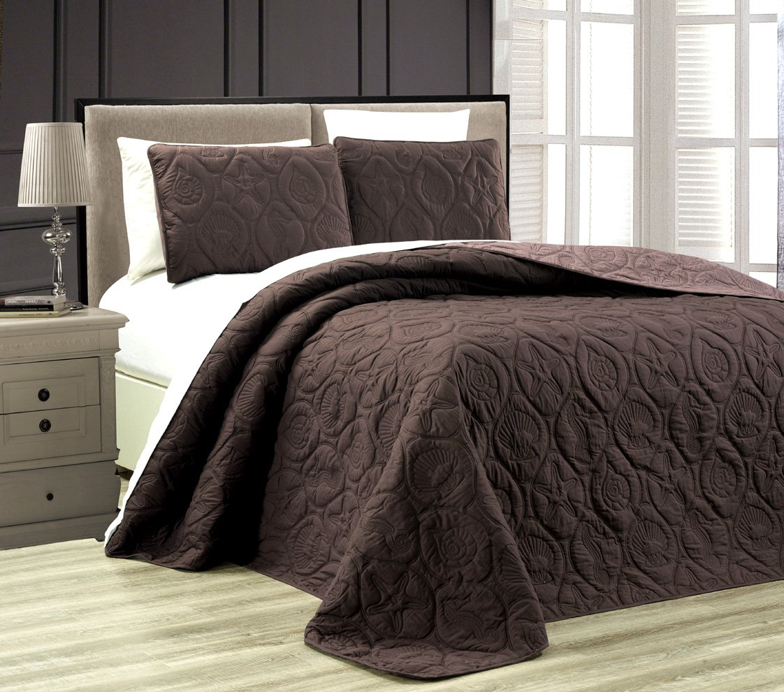 3-Piece Tropical Coast Seashell Beach QUEEN / FULL Oversize OVERSIZE Bedspread CHOCOLATE BROWN / TAUPE Reversible Coverlet Embossed Bed Cover set. Sea Shells, Sea Horse, Starfish etc.