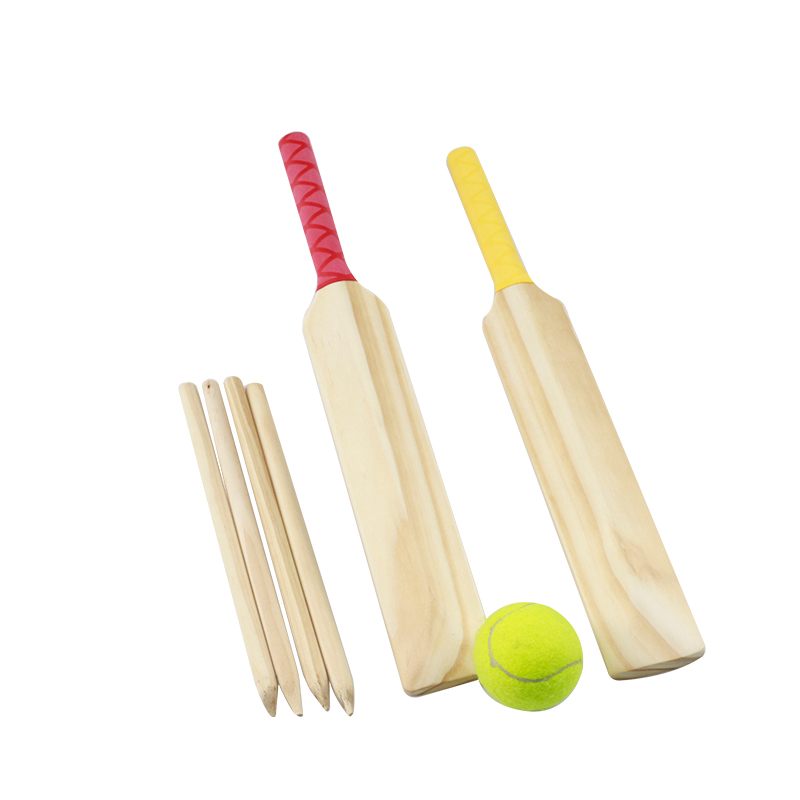 2019 hot sale wooden cricket bats mini cricket set for kids outdoor game