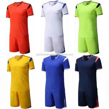 Personalizada su logo uniformes ropa deportiva en blanco completo kits  uniformes del fútbol fe2dd3b9c1984