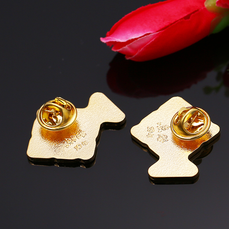 Hot selling custom alloy gold soft enamel fish shape lapel pins for 10th anniversary