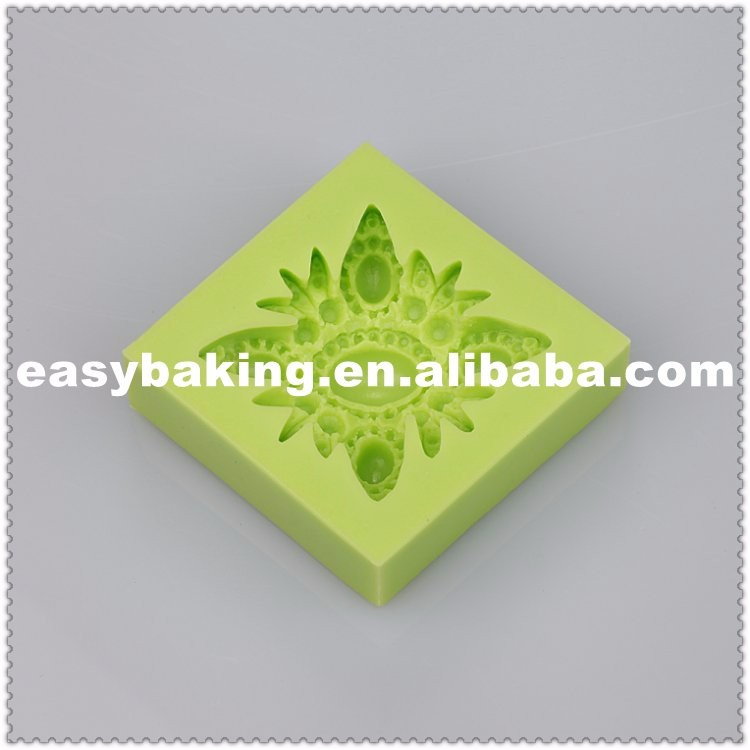 gem brooch silicone mold.jpg