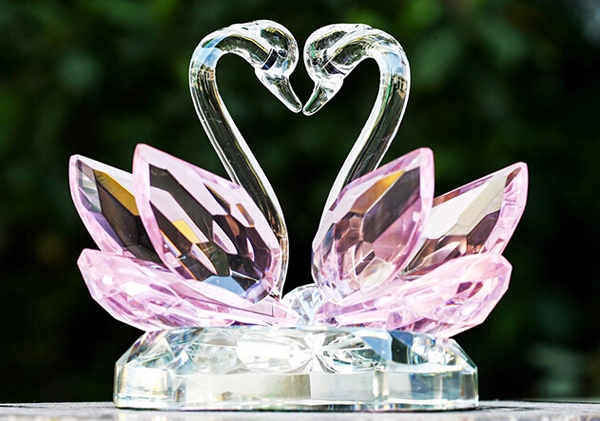 Pink Crystal Swan Set Wedding Gift For Boss - Buy Wedding Gift For ...