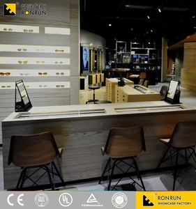 Wood Cosmetic Shop Design with customized showcases Counter