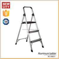 High strength 6061T5 aluminum 3 wide step ladder with handle