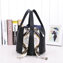 New Korean Famous Designer Fashion Hot Sale Brand Small Handbag Tote Top Quality Genuine Leather Cowhide Simple Bucket Bag