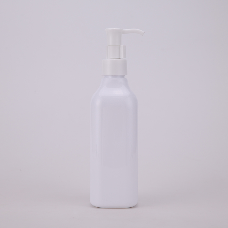 Cosmetic Essencial Facail Oil Pump Bottle Glossy White Different Shaped Neck 125ml Bottle