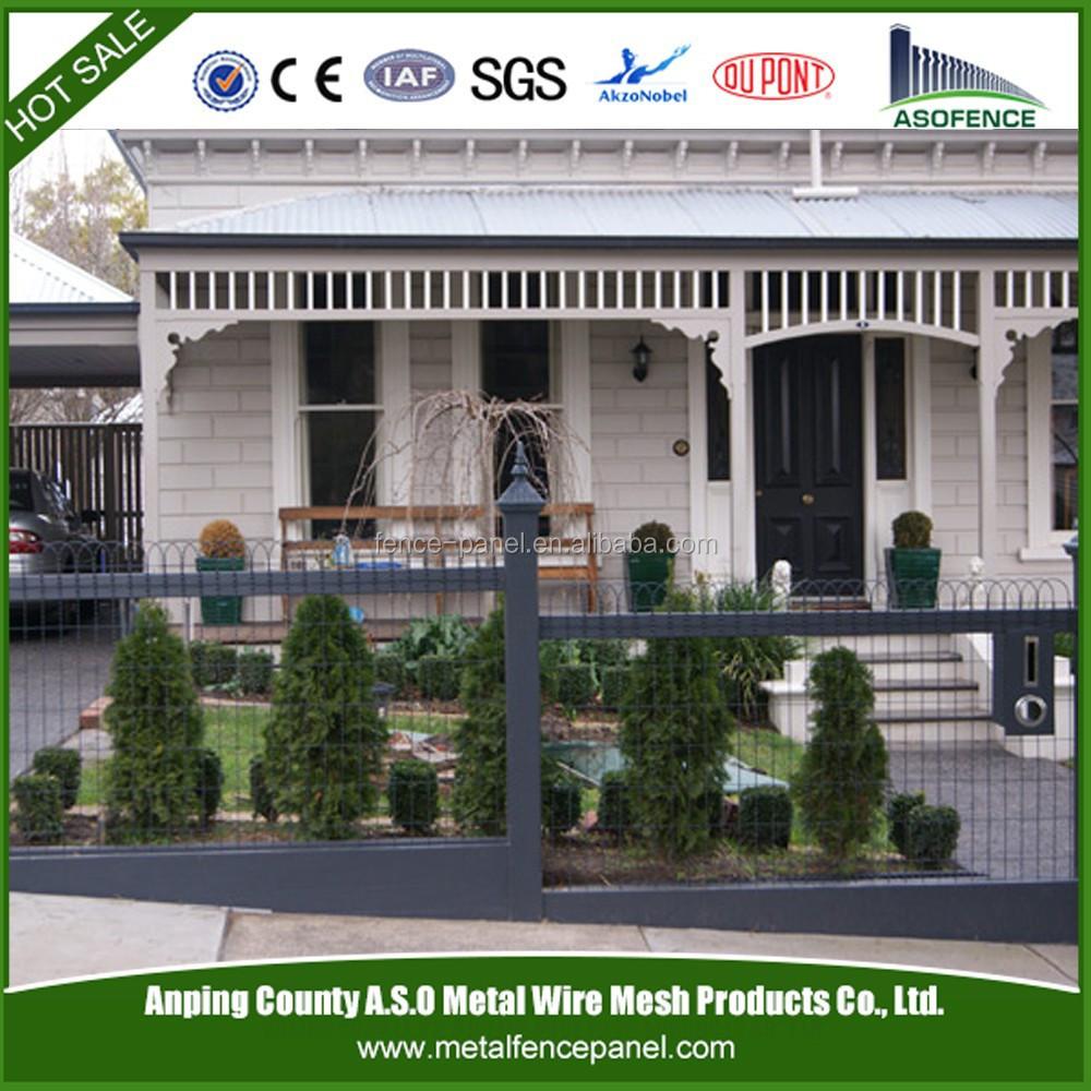 Decoratieve tuin gaas geweven draad hek in de tuin hekwerk ...