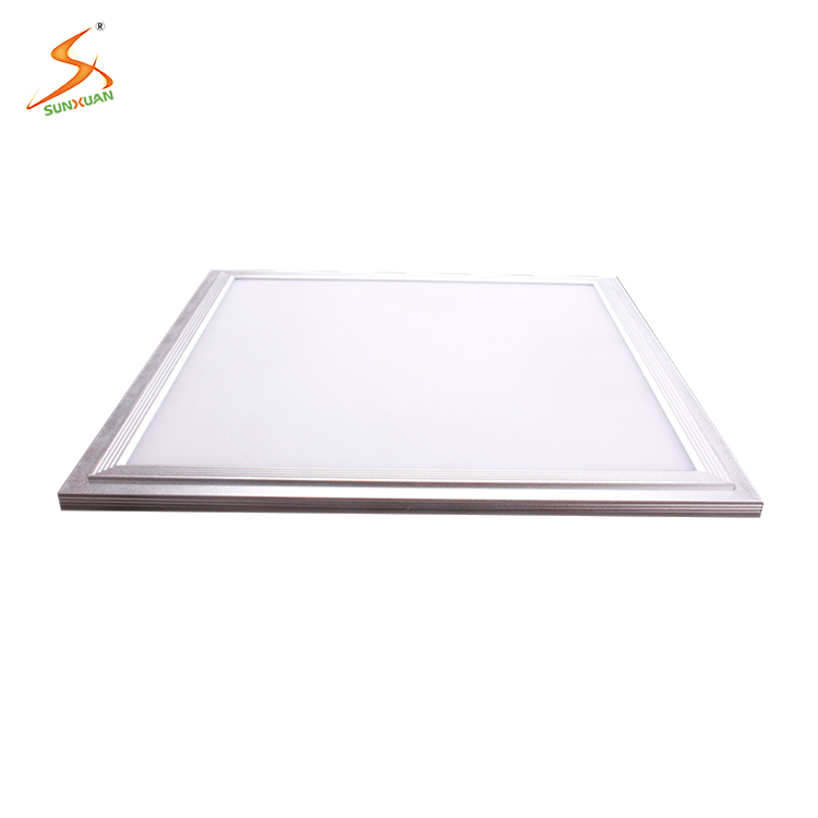 China cheap products CE&RoHS fast delivery 100-240v hot sell hight lux led panel light