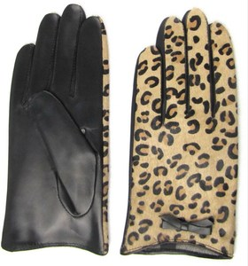 horse hair leopard printed gloves