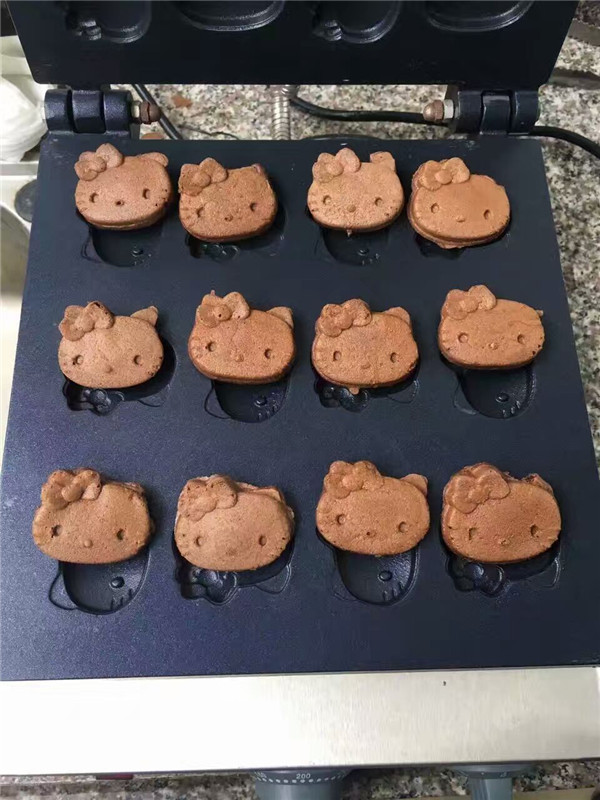 Stainless Electric Animal Waffle Cute Bear Cat Cake Baker Cartoon Maker Mould Baker Machine