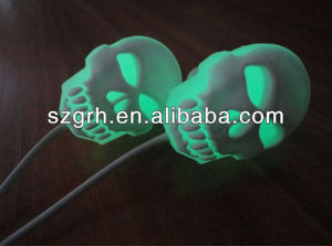Fluorescence skull earphone
