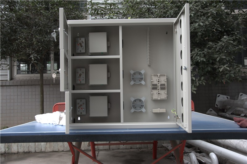 Outdoor FTTH Multi-fiber Telecom Optic Fiber Waterproof Cabinet