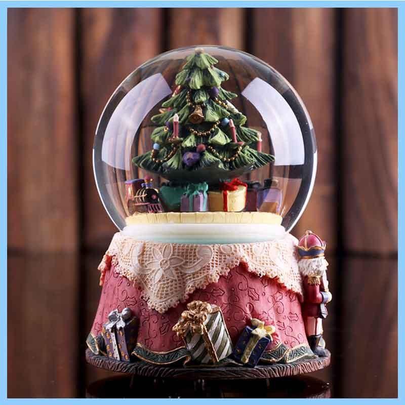 Heiße Harz Weihnachtsbaum Schneekugel Für Verkauf,Harz Kreative ...