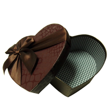 Custom heart shaped bow tie gift box packaging for chocolate