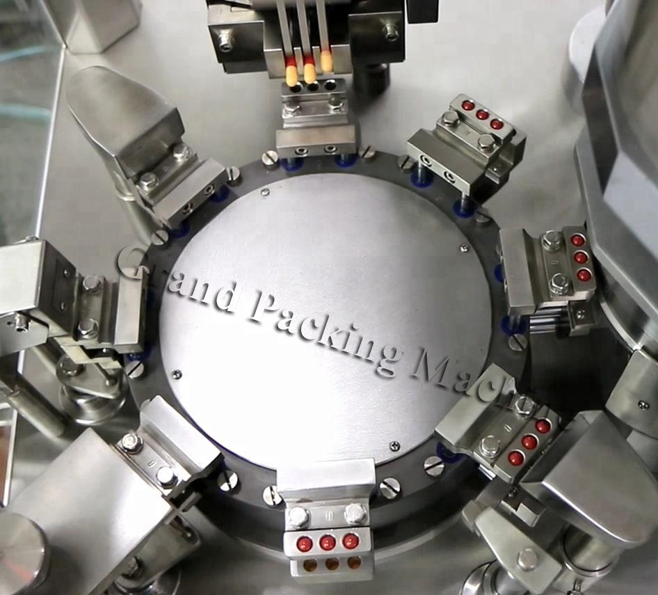 machine de remplissage de capsule