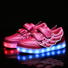 Factory Price PU Upper Kids Fashion Led Shoes With Cool Wings