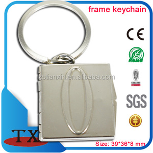 Custom portable photo frame keychain can hold two photo