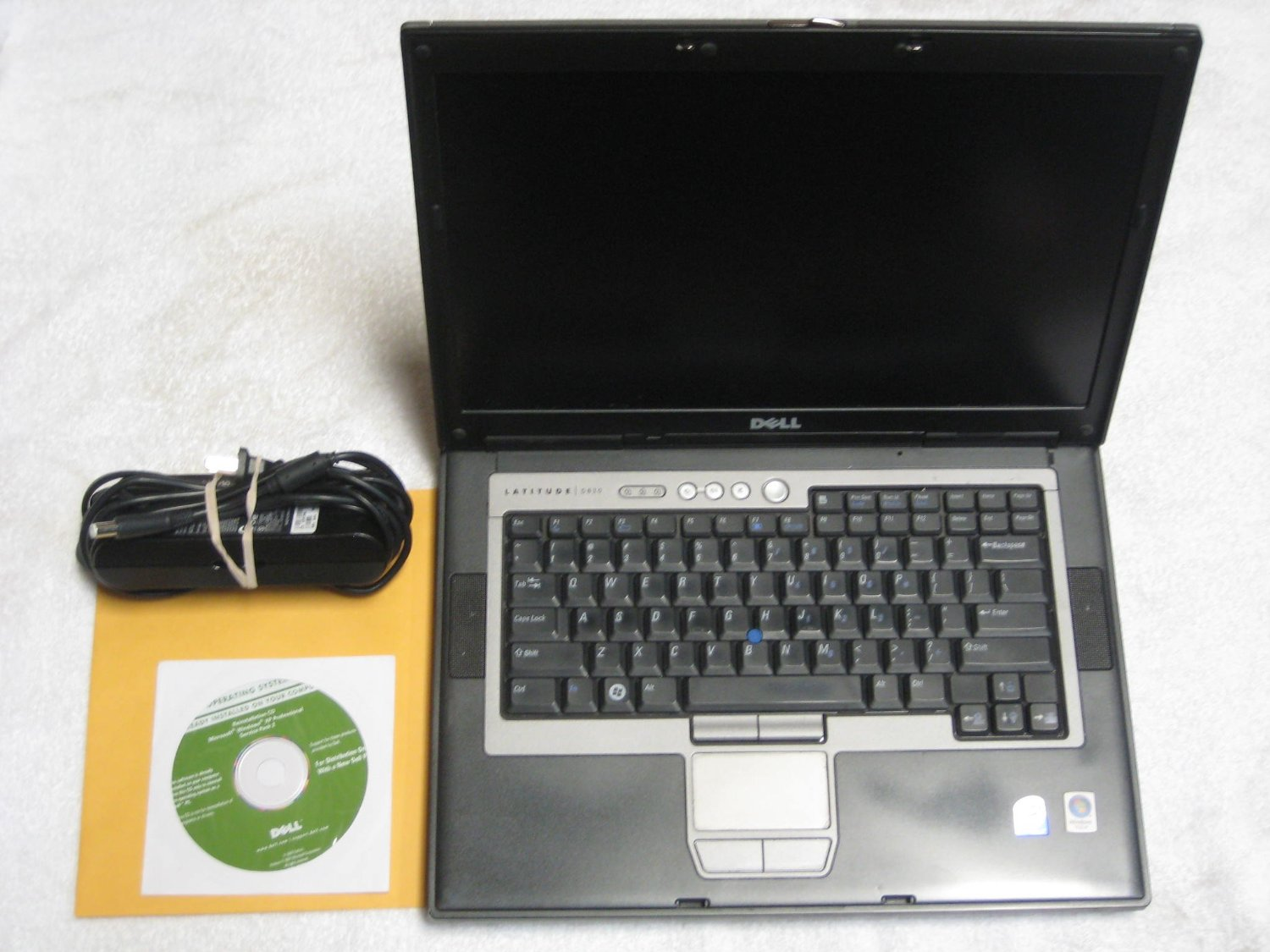 "Dell Latitude D820 15.4"" Laptop with Dell Reinstallation XP Professional Disk (Intel Duo Core 1.83Ghz, 80GB Hard Drive, 2048Mb RAM, DVD/CDRW Drive, Wifi, XP Professional)"