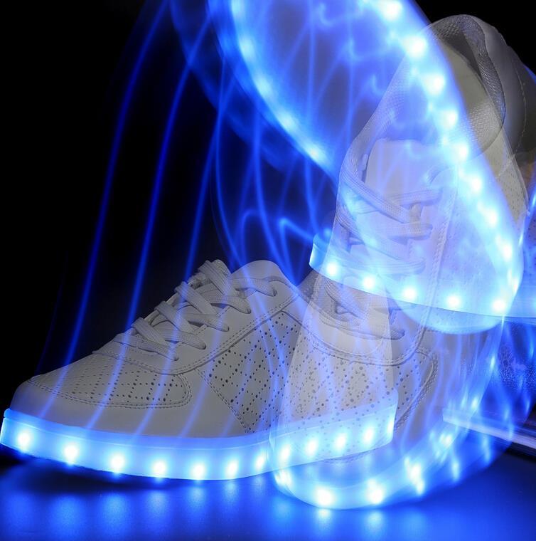 adidas chaussure qui s'allume