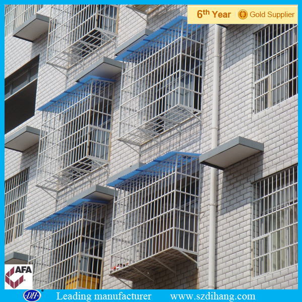 Wrought iron window grill modern window grill design buy for Design of balcony railings in india