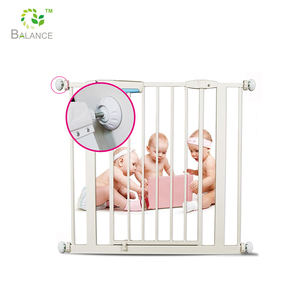 Baby safety pressure gates wall guard