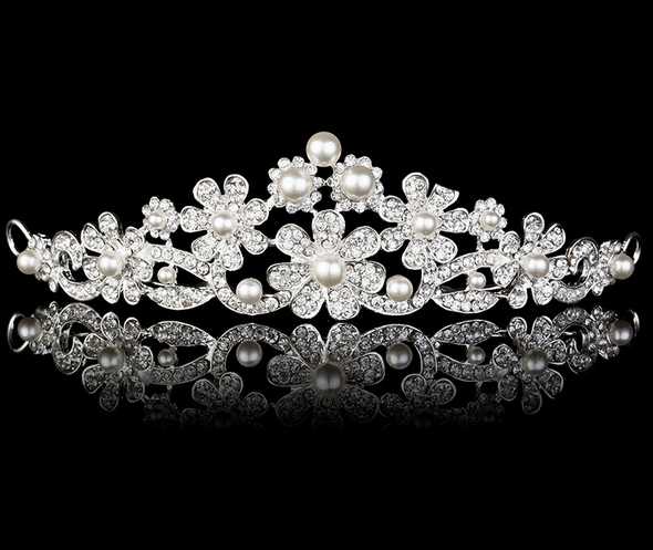 2015 Bulk Wholesale trendy princess tiara wedding tiara imitation pearl <strong>crown</strong>