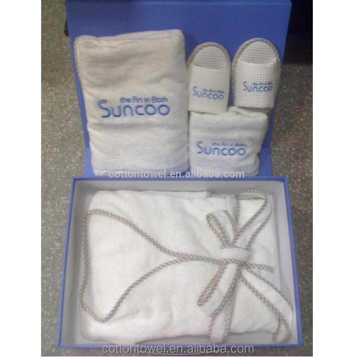 the customized towel bathrobe,slipper with gift box