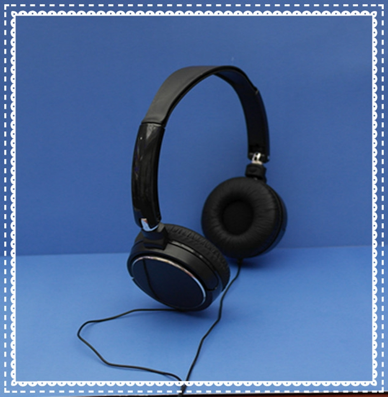 Computer accessories wired foldable headset with cute design for gifts