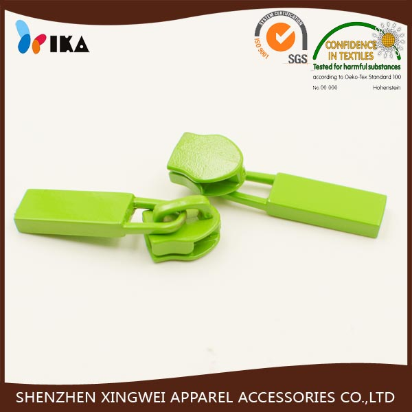 painted green color metal zipper puller for clothes