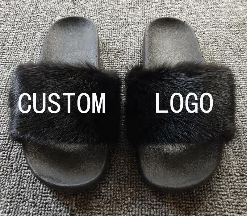 ขายส่งฤดูร้อนรองเท้าแตะหรูหราโลโก้ที่กำหนดเองในร่มมันเงาจริงขนมิงค์รองเท้าแตะสำหรับผู้หญิง