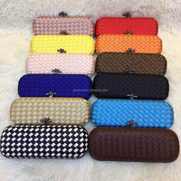 Guangzhou wholesale market purse fashion weave over size women clutch purse OC3358