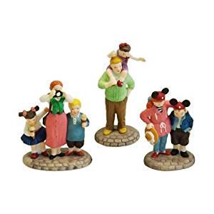"Department 56 Disney Parks Village Series ""Disney Parks Family"" (Set of 3)"