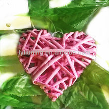 wholesale hot sell wicker/willow pink heart, decorative heart