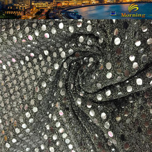 Cheap 132GSM Indian 5mm Metal Moon Light Sequin Pleated Silver Large Reversible Sequin Fabric