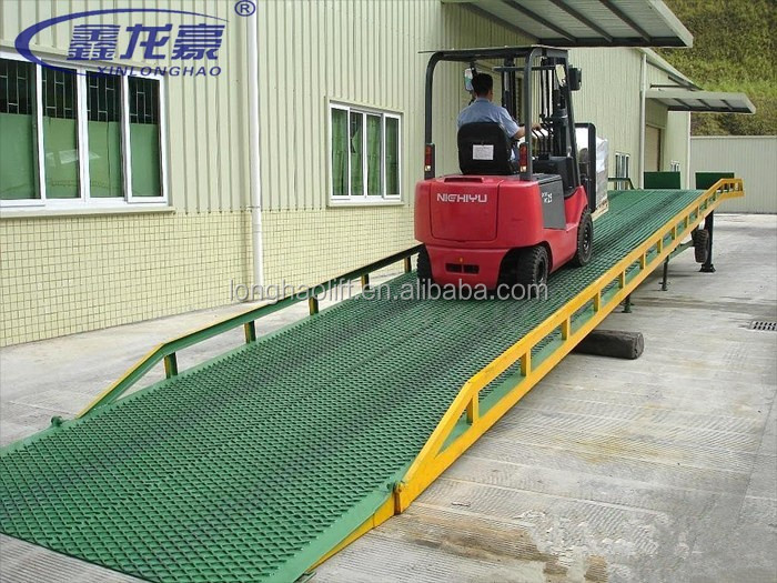 Widely used mobile loading and unloading container unloading equipment