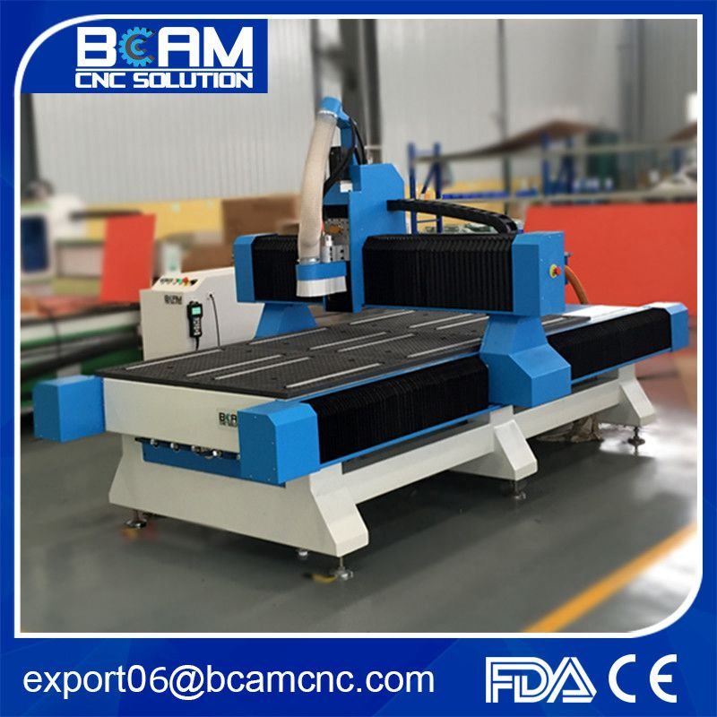 High precision 1300mm*2500mm*200mm wood cnc router machine with vacuum table 6 zone,