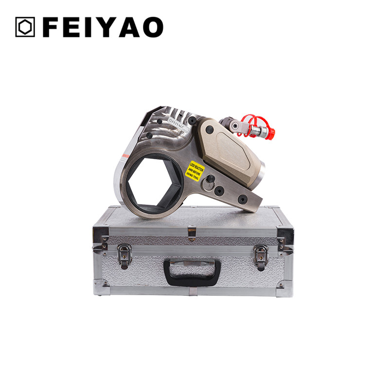 Low profile hexagon hydraulic wrench