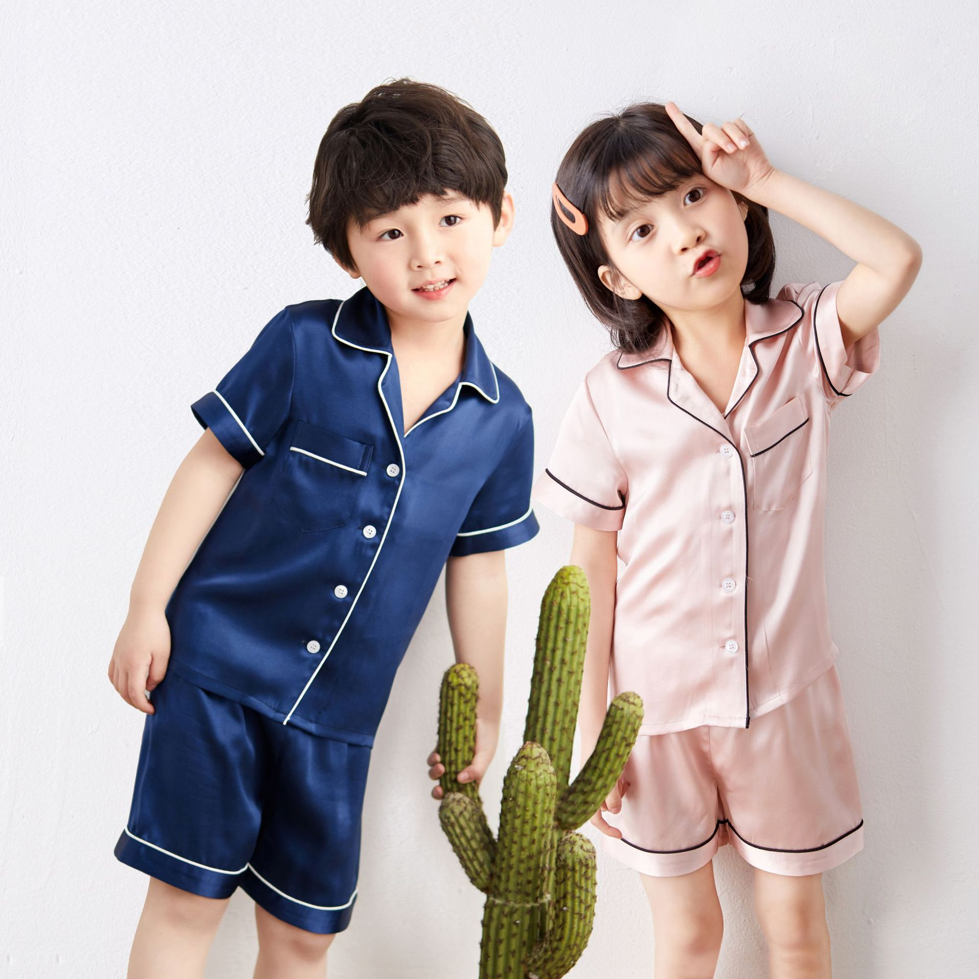0c04154c7 مصادر شركات تصنيع بيجامة مجموعات الاطفال وبيجامة مجموعات الاطفال في  Alibaba.com