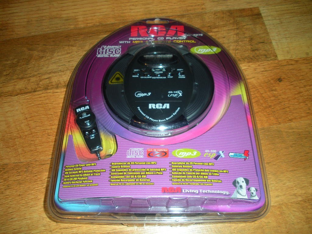 RCA Personal CD Player with MP3 & Remote Control (RP2275)