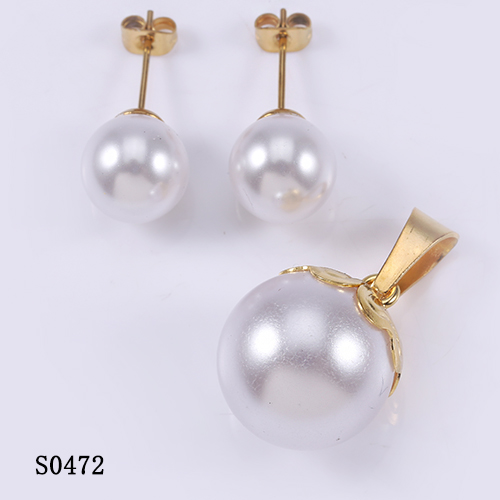 China famous wholesale white fake pearl graceful jewelry set for women