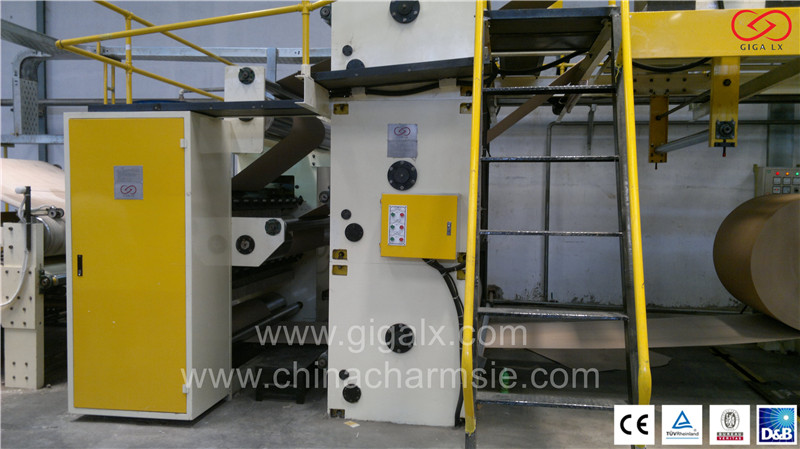GIGA High-Speed Automatic Gluing Machine Corrugated Machine LXC-318