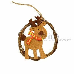 IN51426 Wooden christmas hanging decoration , xmas deer ornament