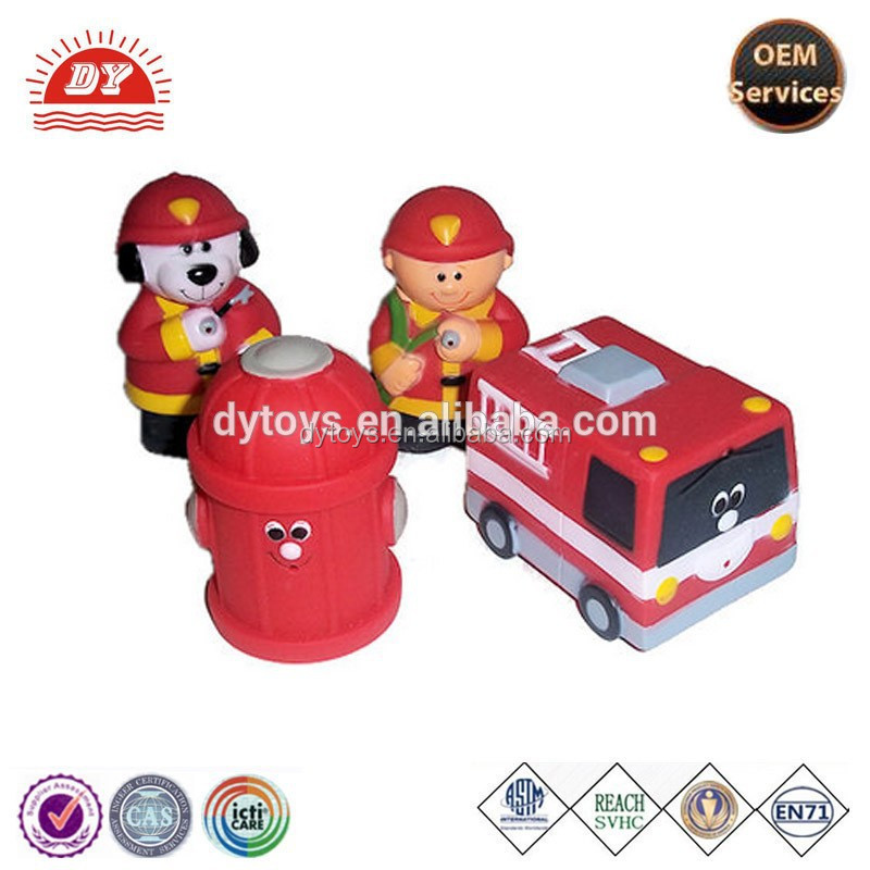 ICTI certificated make custom firehouse firefighter bathtub squirt toy