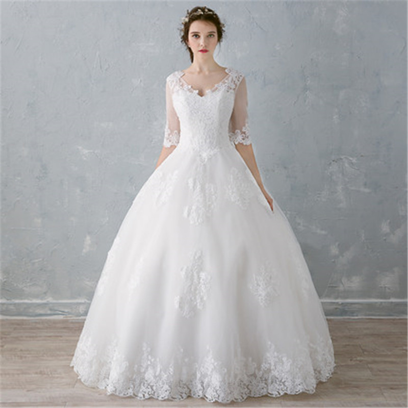 <strong>Fashionable</strong> On Sale Christmas Promotion Ball Gown Wedding Dress