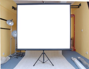 Oem Office Equipment Portable Tripod Stand Projector Screen Low Price Of Front Projection