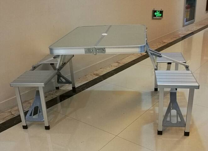 Hot sale One-Piece table set folding table with chair and umbrella hole