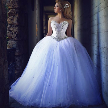 2018 Crystals Princess Ball Gown Wedding Dresses Sweetheart Neck