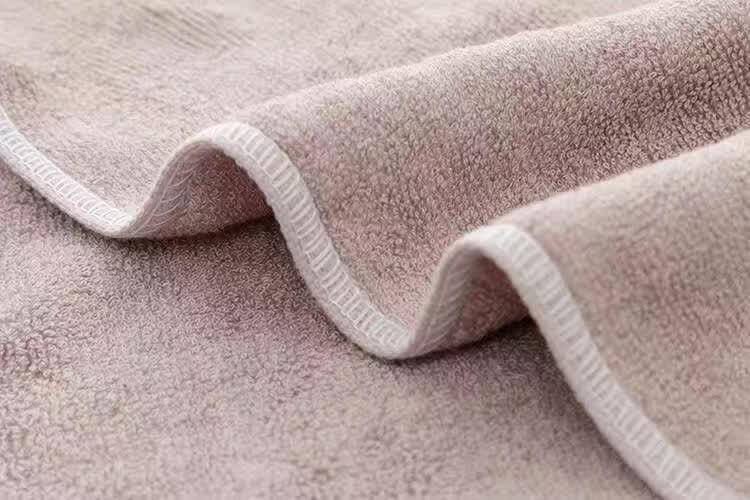 Jacquard style and yarn dyed satin Pattern used hotel towels for hotel and home